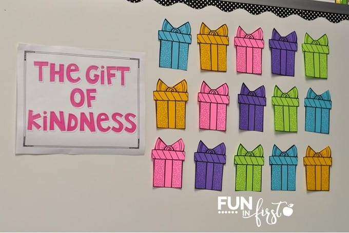 """The Gift of Kindness"" is the perfect way to teach students how to spread kindness during Christmas."